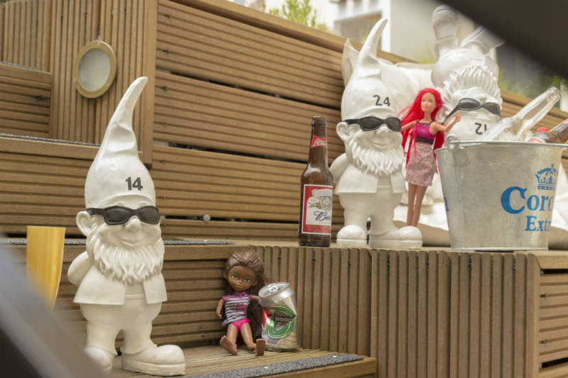 Patiotuin wit kaboom hotel kabouters Gnome League 4